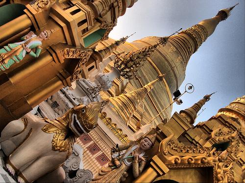 03_Shwedagon