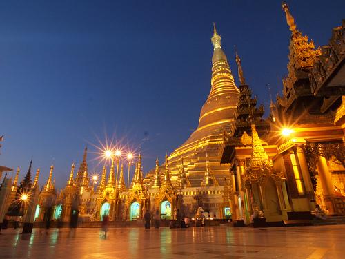06_Shwedagon