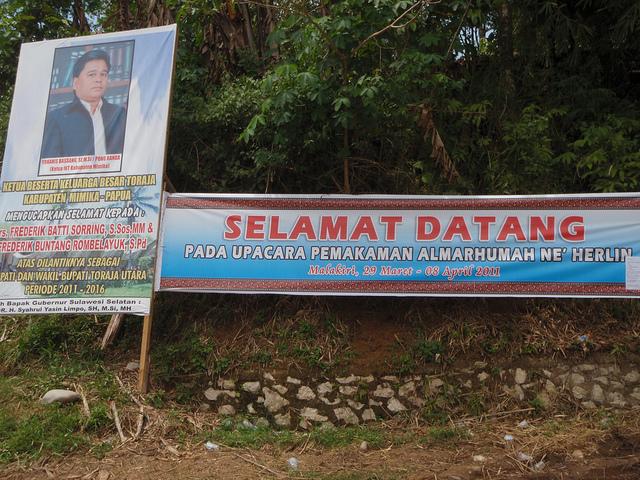 07_Tana_Toraja_Funeral