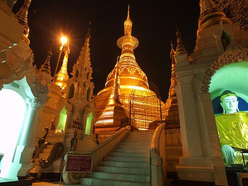 09_Shwedagon