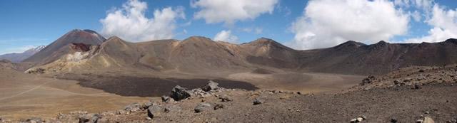 Parque Nacional Tongariro, Patrimonio de la Humanidad de la UNESCO, Laguna de color normal