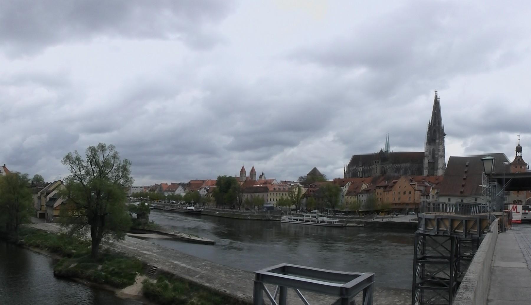 P4150126 Pano Centro histórico de Ratisbona y Stadtamhof Unesco Alemania