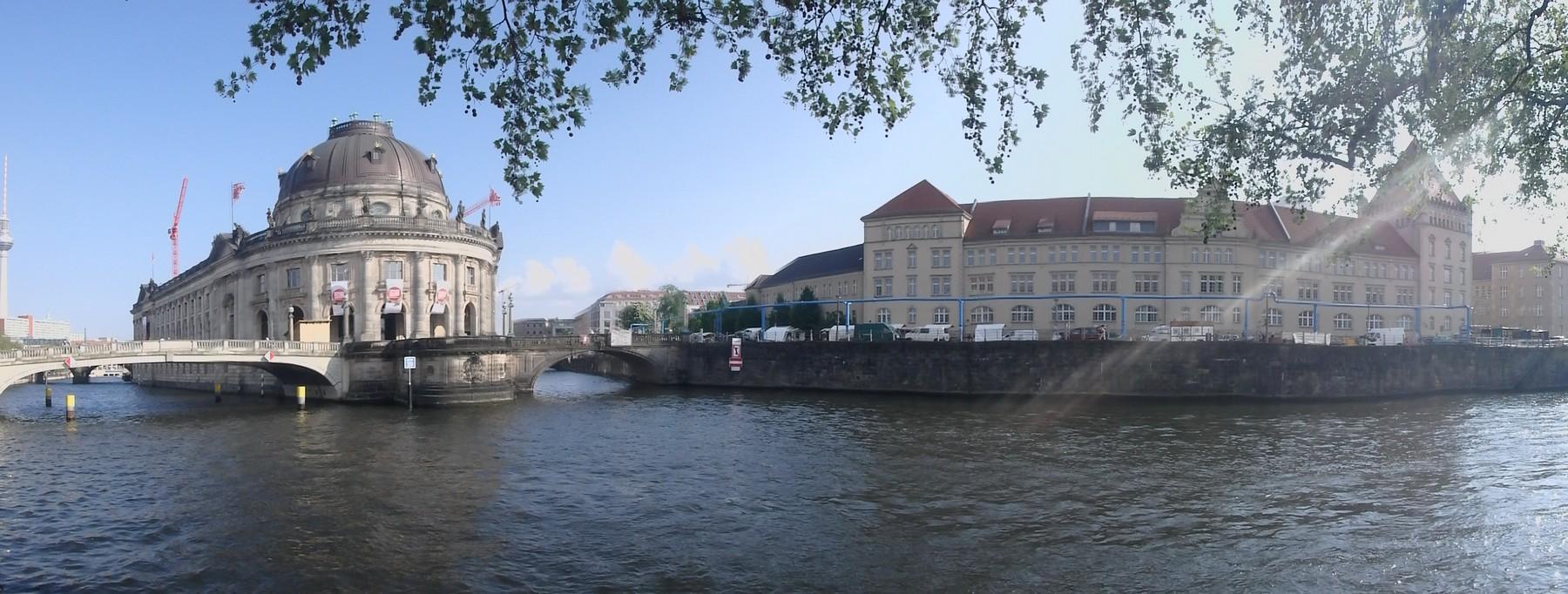P4260161 Pano Berlin Isla de los Museos Unesco Alemania