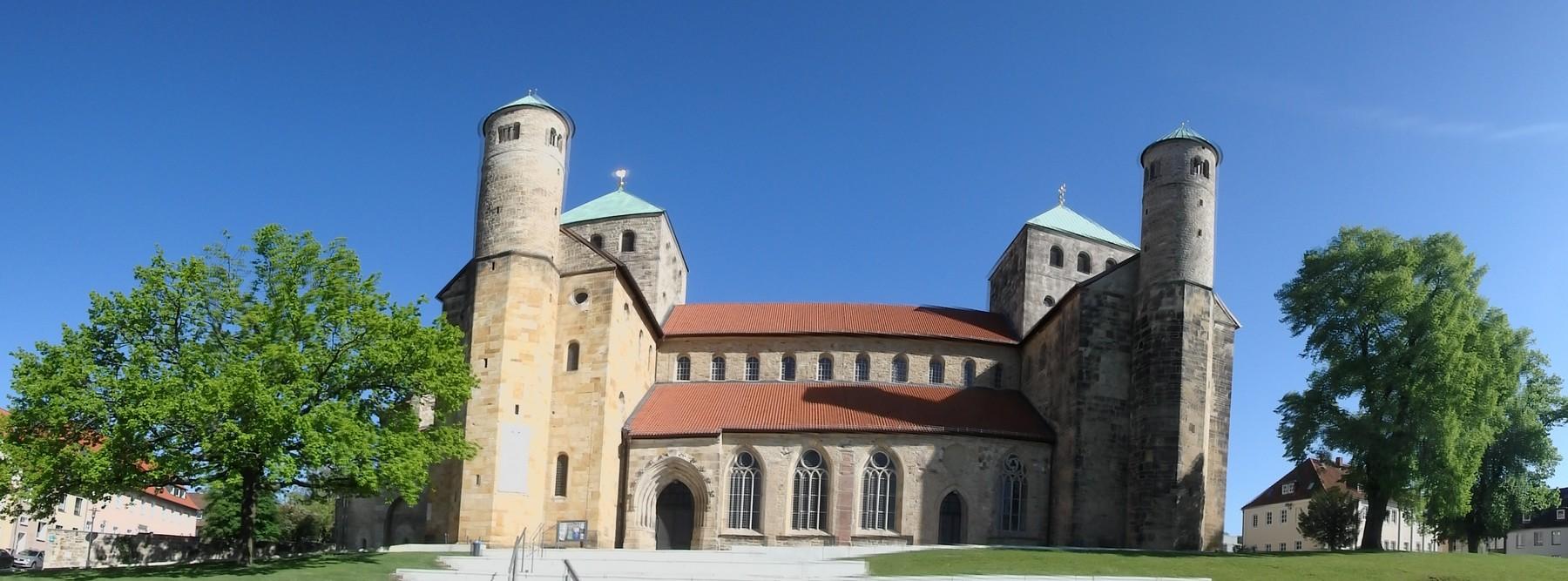 P5030001 Pano Hildesheim iglesia de San Miguel Unesco Alemania